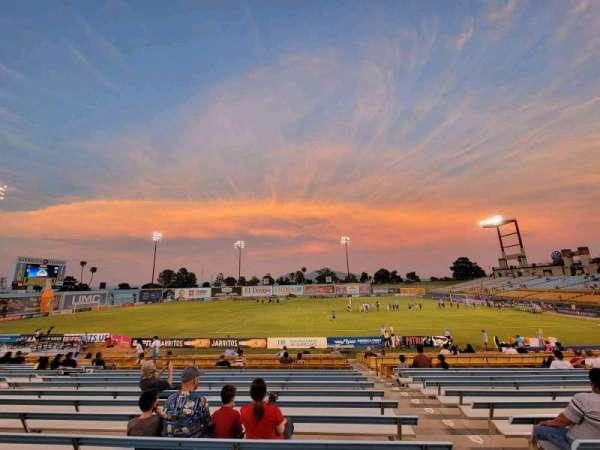 Cashman Field, vak: 6, rij: U