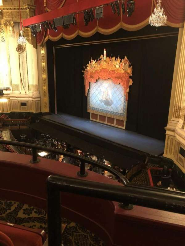 Citizens Bank Opera House, vak: Dress circle, rij: BB, stoel: 42