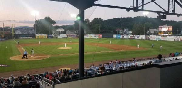 BB&T Ballpark at Historic Bowman Field, vak: 3, rij: 12, stoel: 3