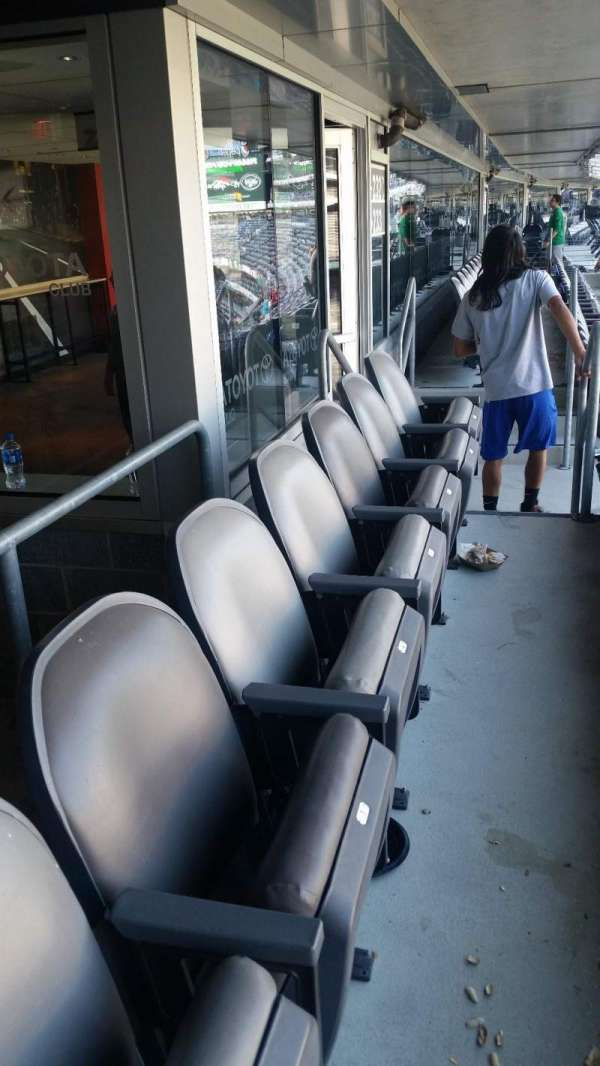 Metlife Stadium, vak: 232C, rij: 14, stoel: 3