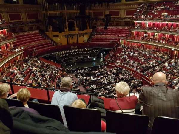 Royal Albert Hall, vak: Rausing Circle, rij: 3, stoel: 72