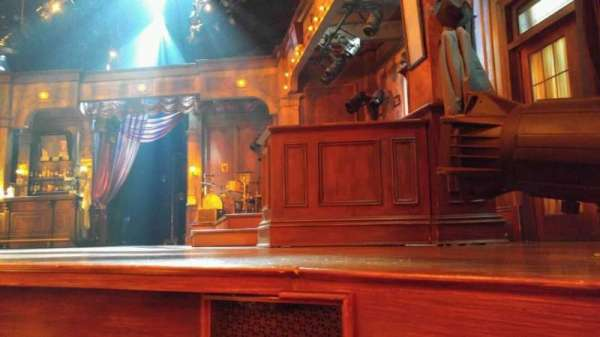 Bernard B. Jacobs Theatre, vak: orchestra, rij: A, stoel: 8