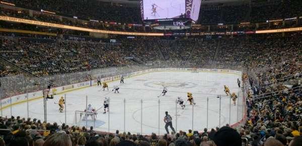 PPG Paints Arena, vak: 106, rij: S, stoel: 7