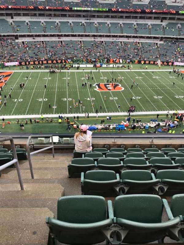 Paul Brown Stadium , vak: 311, rij: 7, stoel: 22