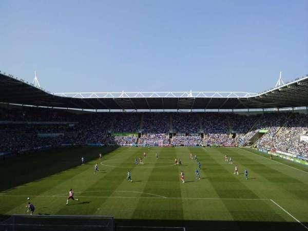 Madejski Stadium, vak: R28, rij: Q, stoel: 0089