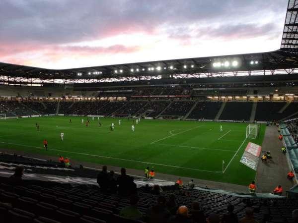 Stadium MK, vak: 38, rij: DD, stoel: 1088