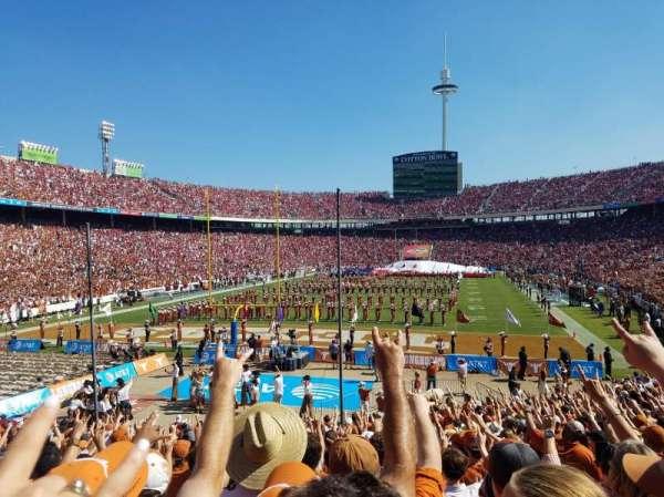 Cotton Bowl, vak: 14, rij: 26, stoel: 6