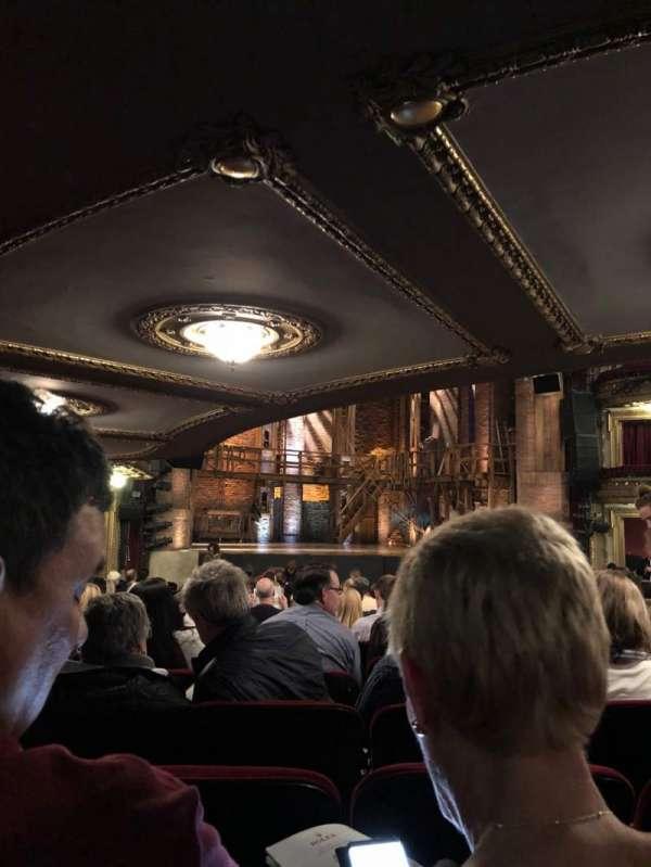 CIBC Theatre, vak: Orchestra L, rij: V, stoel: 9