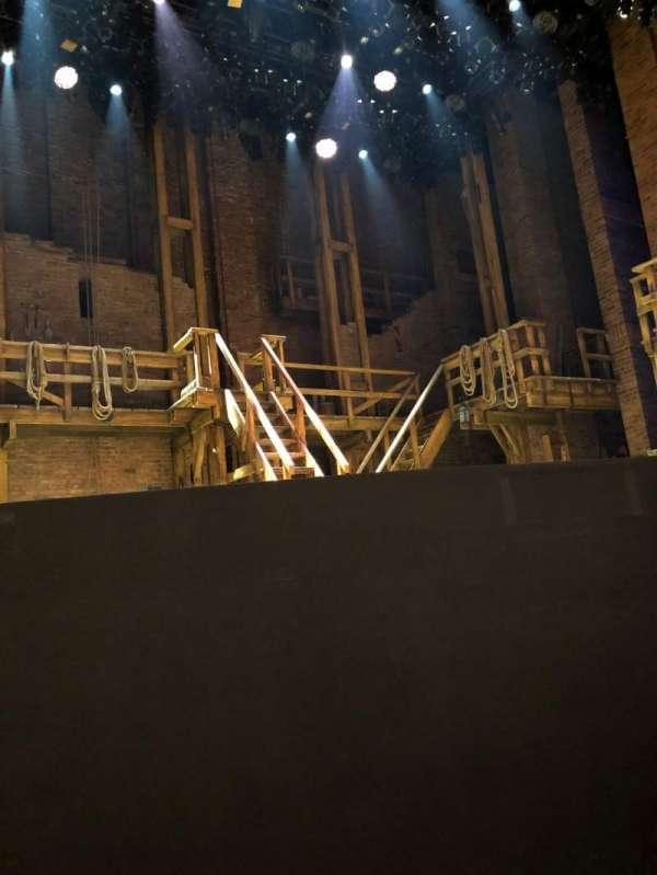 CIBC Theatre, vak: ORCH-L, rij: C, stoel: 3