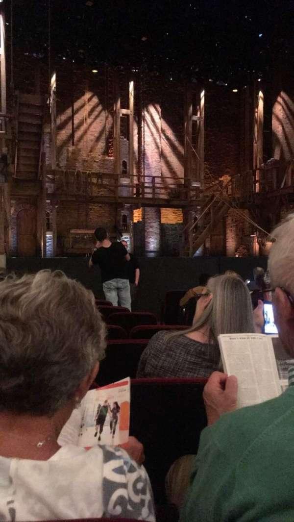 CIBC Theatre, vak: Orchestra L, rij: L, stoel: 5