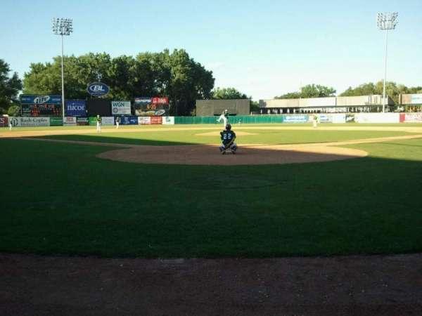 Northwestern Medicine Field, vak: Umpire, rij: Home