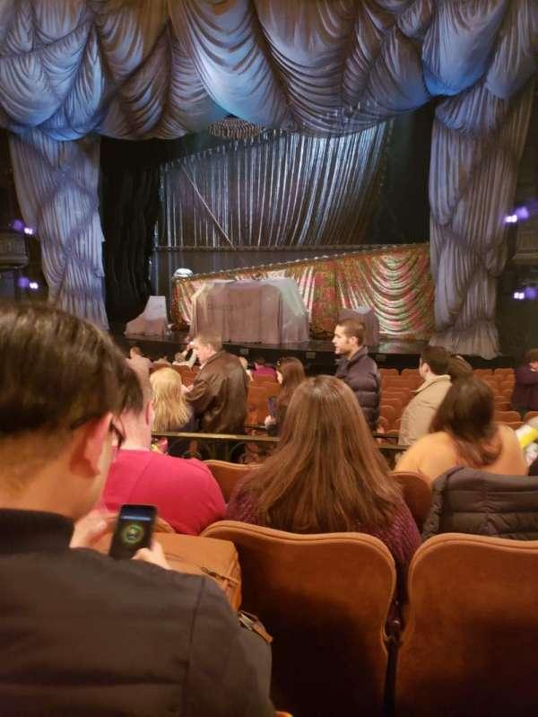 Majestic Theatre, vak: Orchestra Left, rij: N, stoel: 16