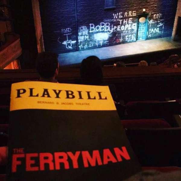 Bernard B. Jacobs Theatre, vak: Mezz, rij: H, stoel: 13