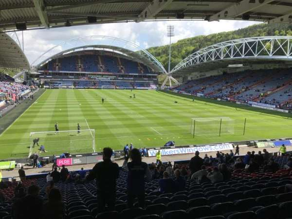 John Smith's Stadium, vak: Chadwick Lawrence, rij: RR, stoel: 122