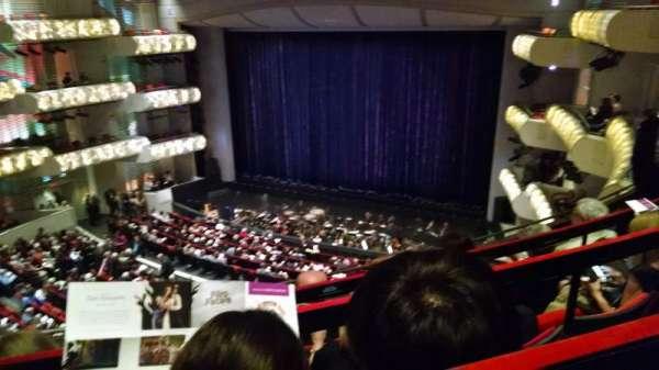 Muriel Kauffman Theatre, vak: grand tier right, rij: ddd, stoel: 808