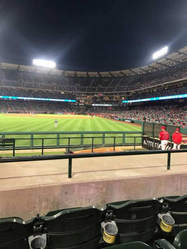 Angel Stadium, vak: P259, rij: J, stoel: 2