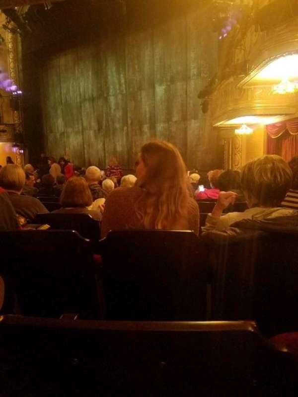 Bernard B. Jacobs Theatre, vak: orchestra, rij: n, stoel: 26