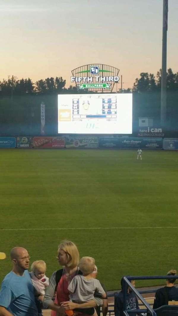 Fifth Third Ballpark, vak: 210, rij: 15, stoel: 1