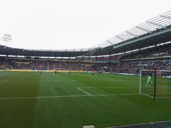 KCOM Stadium, vak: N5, rij: C, stoel: 170