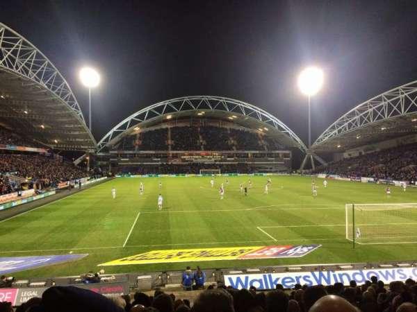 John Smith's Stadium, rij: R, stoel: 109