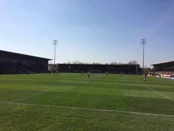 Pirelli Stadium, vak: East Stand, rij: Front