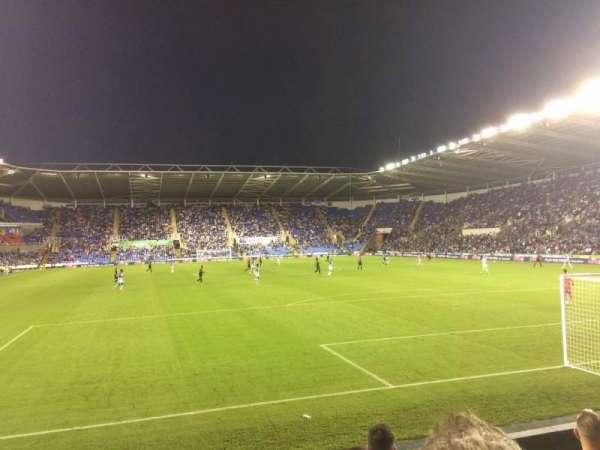 Madejski Stadium, vak: R31, rij: K, stoel: 154