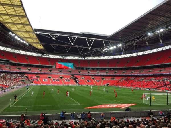 Wembley Stadium, vak: 136, rij: 21, stoel: 63