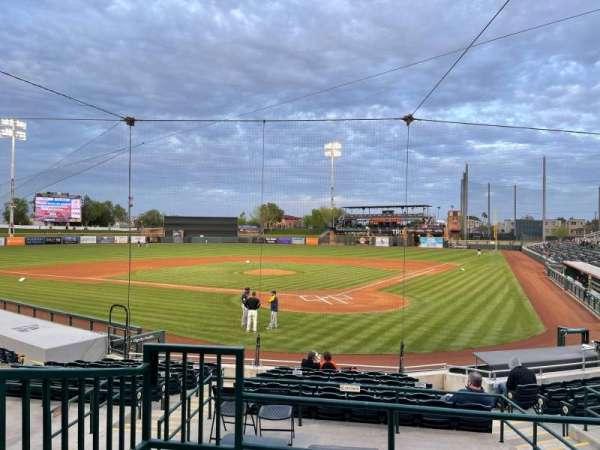 Scottsdale Stadium, vak: 201, rij: M, stoel: 9