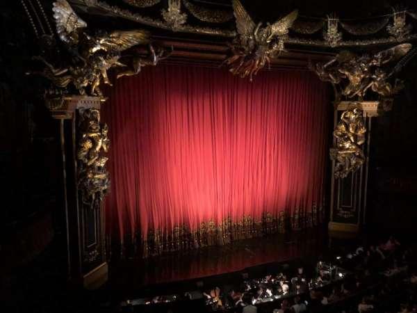 Majestic Theatre, vak: Fmezo, rij: A, stoel: 9