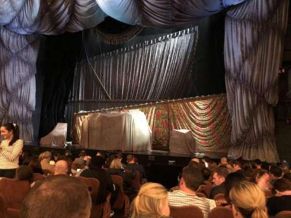 Majestic Theatre, vak: Orchestra R, rij: H, stoel: 4