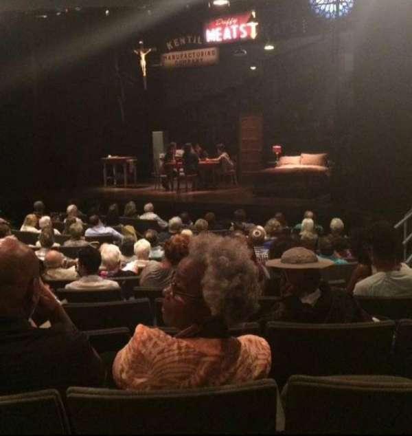 Laura Pels Theatre, vak: ORCH, rij: O, stoel: 16