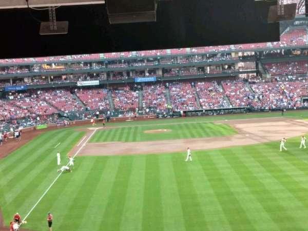 Busch Stadium, vak: RJ1, rij: C, stoel: 1