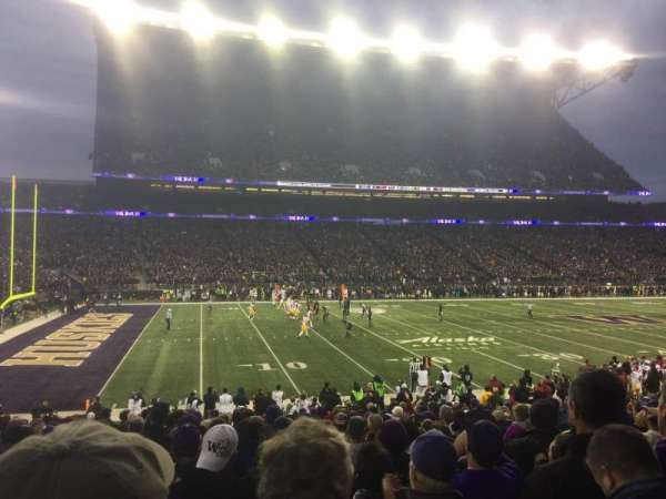 Husky Stadium, vak: 109, rij: 16, stoel: 6