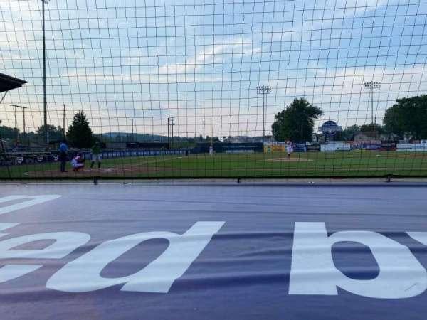 BB&T Ballpark at Historic Bowman Field, vak: D, rij: F, stoel: 3