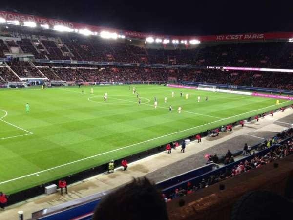 Parc des princes, vak: 303, rij: 2, stoel: 75