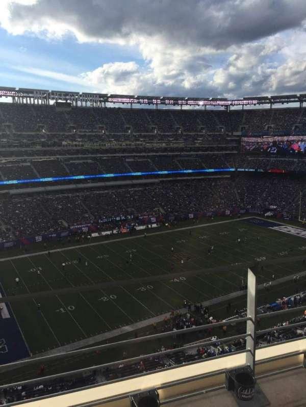 MetLife Stadium, vak: 317, rij: 2, stoel: 25