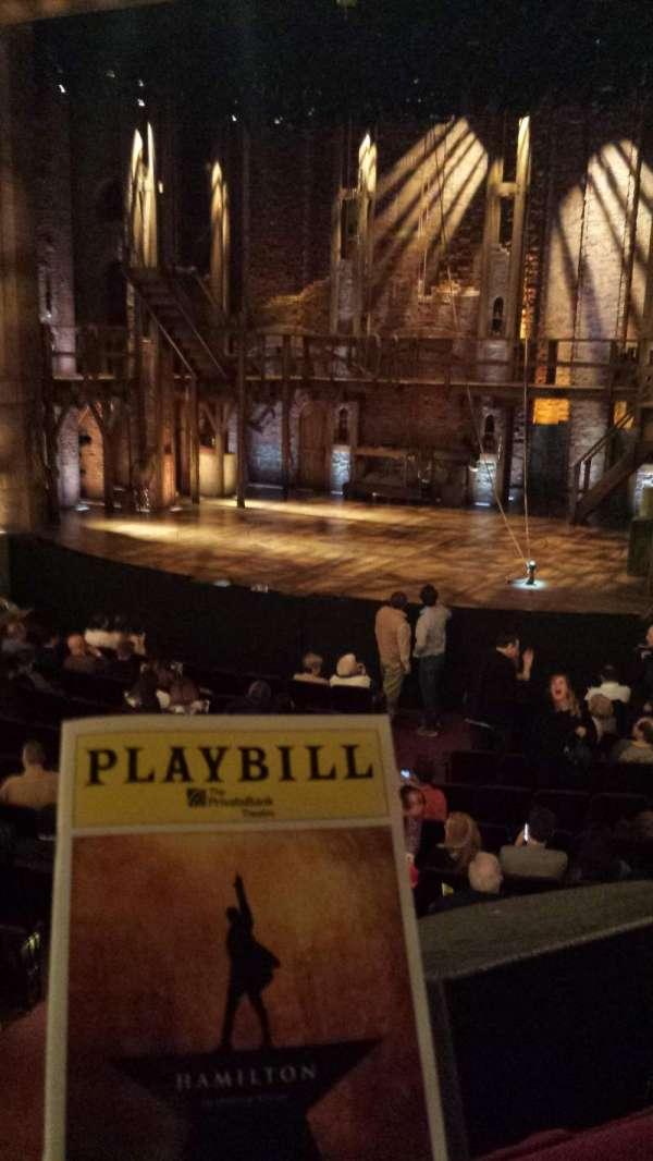 CIBC Theatre, vak: DRESS CIRCLE R, rij: A, stoel: 2