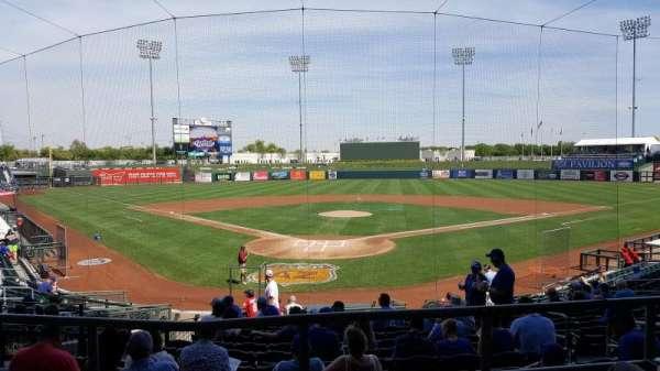 Surprise Stadium, vak: 102, rij: P, stoel: 8