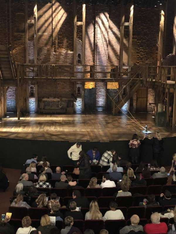 CIBC Theatre, vak: Dress circle, rij: A, stoel: 205