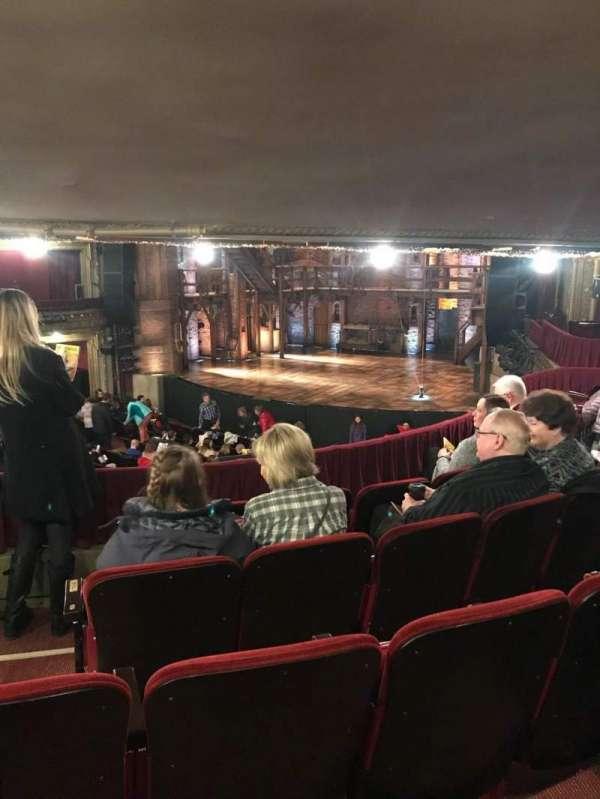 CIBC Theatre, vak: Dress Circle R, rij: E, stoel: 6