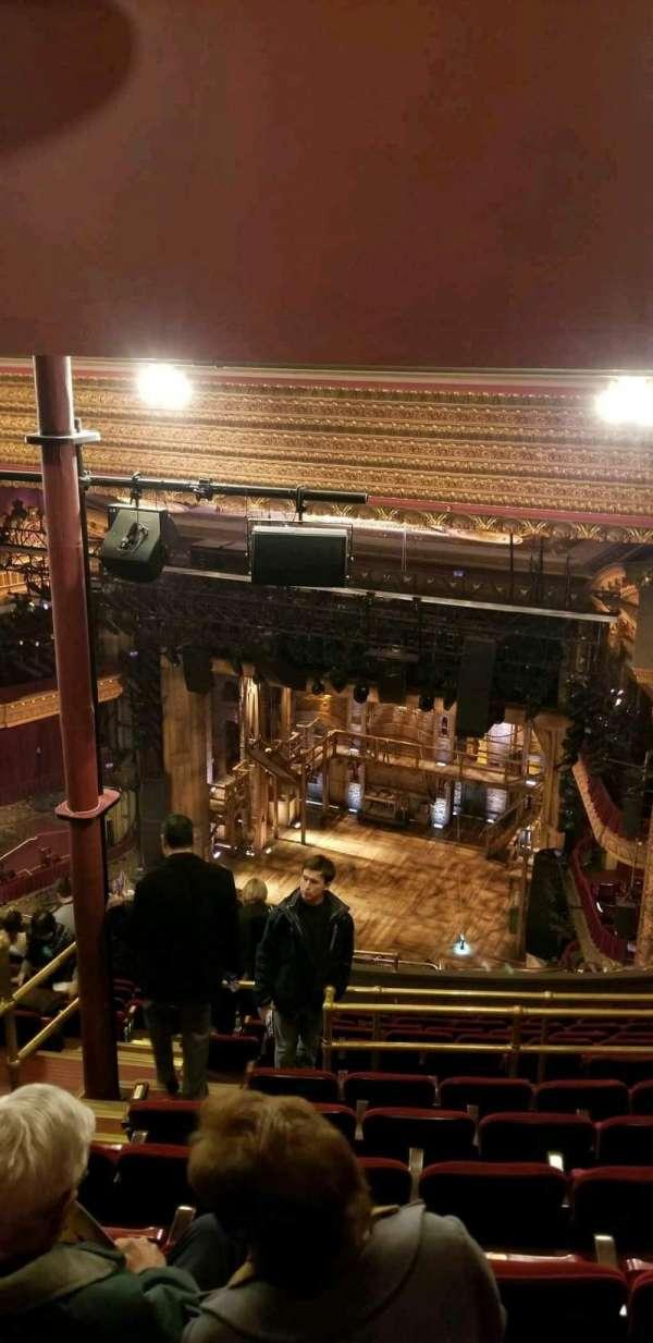 CIBC Theatre, vak: Balcony R, rij: P, stoel: 2