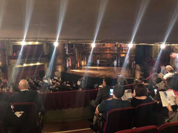 CIBC Theatre, vak: Dress Circle R, rij: E, stoel: 1