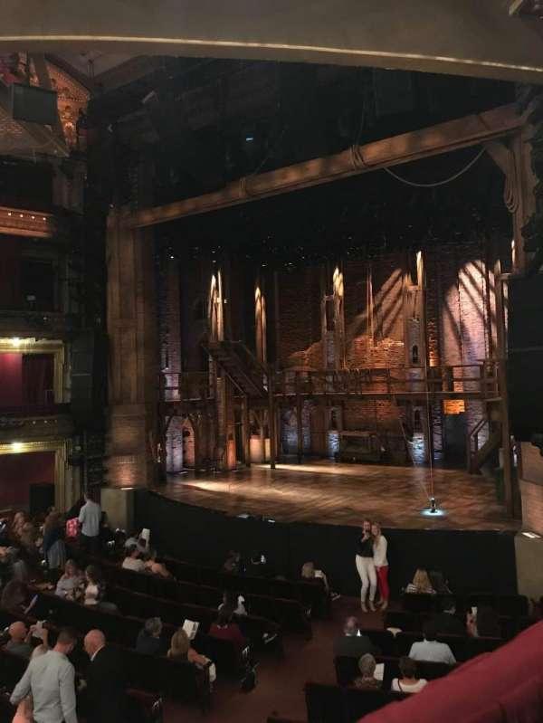 CIBC Theatre, vak: Dress Circle R, rij: A, stoel: 8