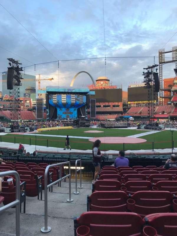 Busch Stadium, vak: 152, rij: 9, stoel: 11