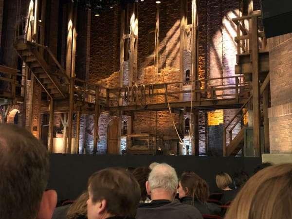 CIBC Theatre, vak: Orch R, rij: J, stoel: 12