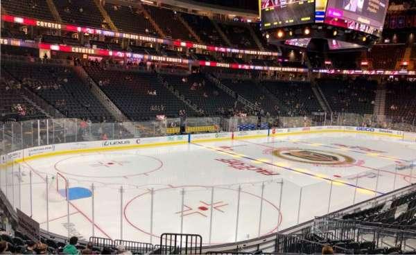 T-Mobile Arena, vak: 13, rij: P, stoel: 12