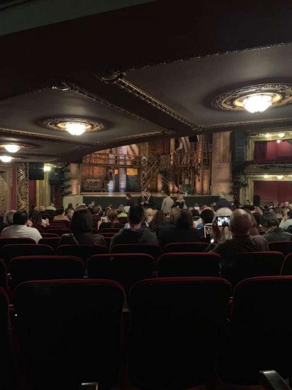 CIBC Theatre, vak: Orchestra L, rij: W, stoel: 11