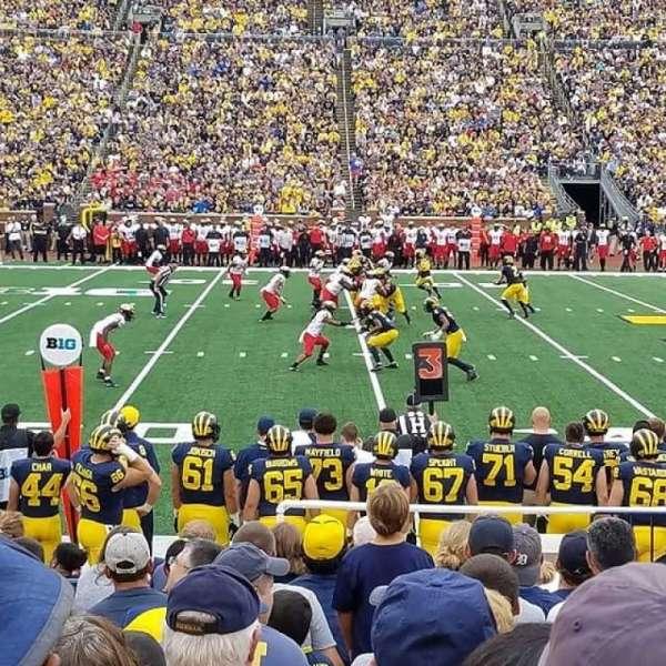 Michigan Stadium, vak: 24, rij: 12, stoel: 10