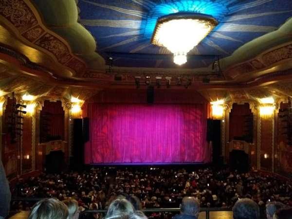 Paramount Theatre (Aurora), vak: Balcony, rij: DDD, stoel: 102