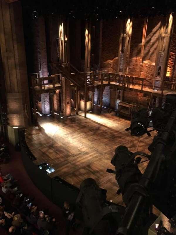 CIBC Theatre, vak: Mzrbx6, rij: Bx6, stoel: 8